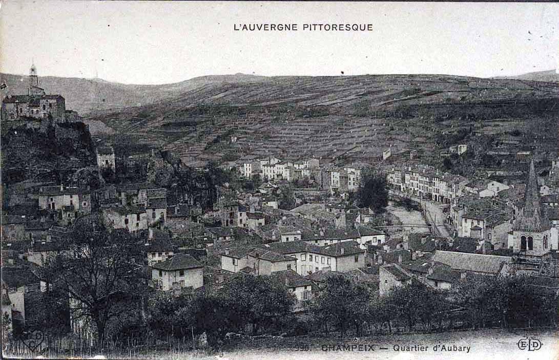 vue-de-champeix-avec-terrasses-agricoles